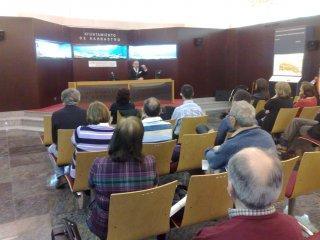 Conferencia de Luis Alfonso Arcarazo